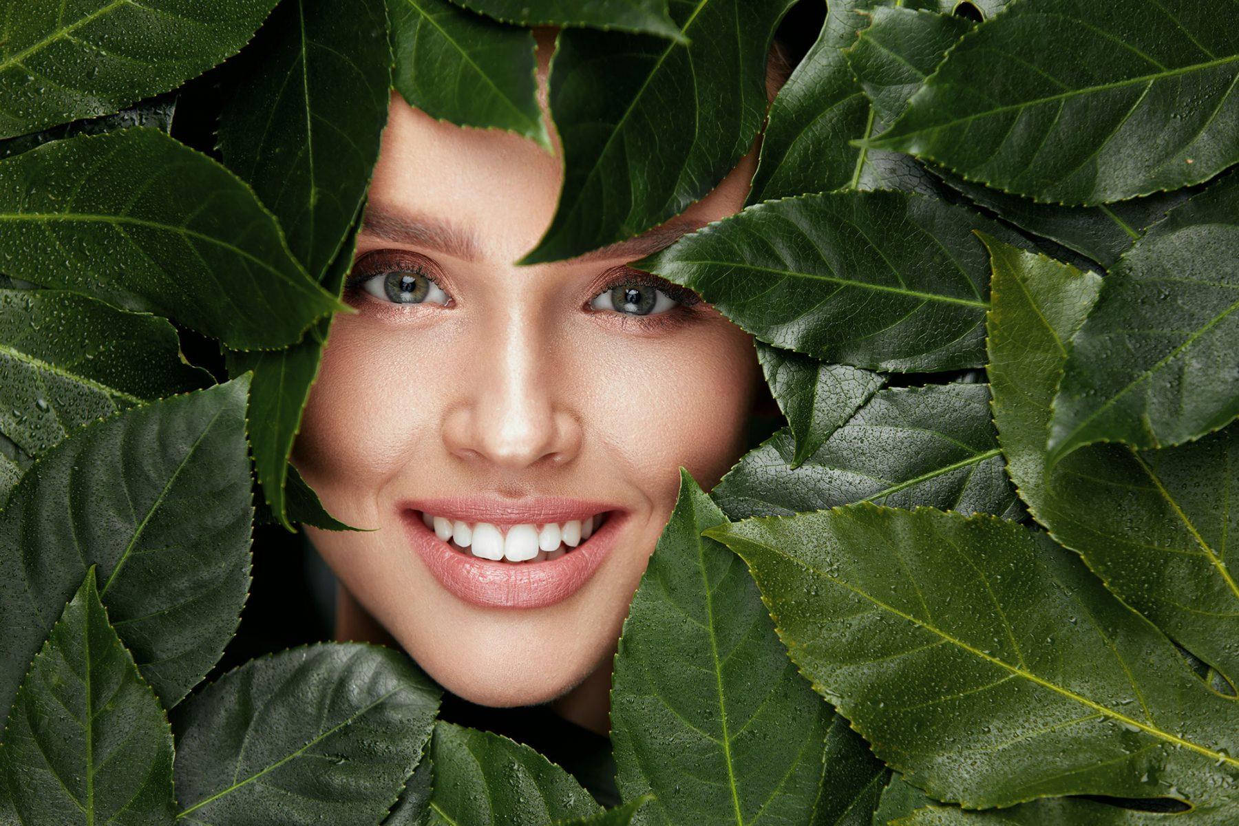 Gesichtsbehandlung Frau